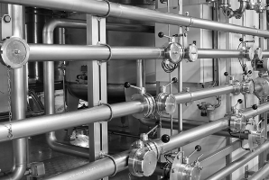Pipes in a process plant